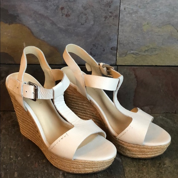 Marc Fisher Shoes   Cream Colored